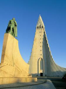 Statue of Liefer Eriksson and Hallgrimskikja Church, Reykjavik, Iceland, Polar Regions by Simon Harris