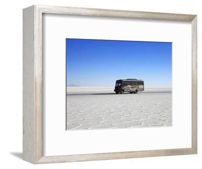 Bus on Salar de Uyuni, the Largest Salt Flat in the World, South West Bolivia, South America