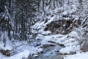 Winter in the Vrata valley by Simone Wunderlich