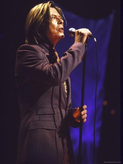 Singer David Bowie Performing-Dave Allocca-Premium Photographic Print