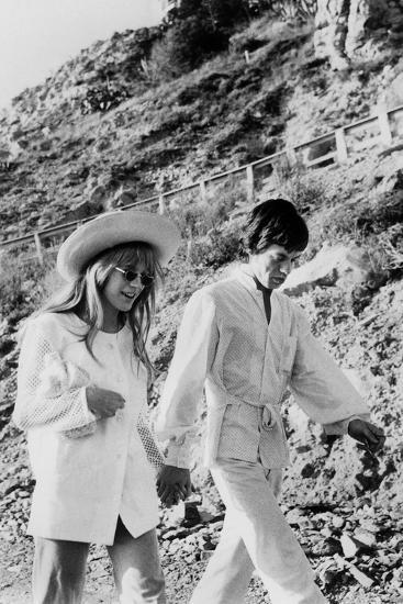 Singers Mick Jagger and Marianne Faithfull in San Remo January 29, 1967--Photo