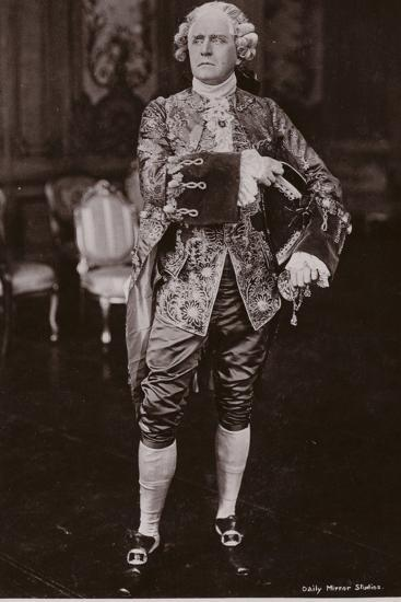 Sir Herbert Beerbohm Tree, English Stage Actor and Theatre Manager--Photographic Print