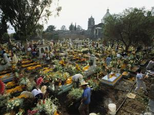 Mexicans Celebrating el Dia de Los Muertos Keep Vigil in Cemeteries, Mexico by Sisse Brimberg
