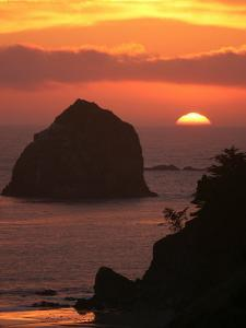 Sunset on the Oregon Coast Near Gold Beach by Skip Brown