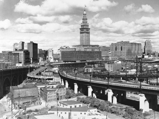 Skyline of Cleveland-Carl McDow-Photographic Print