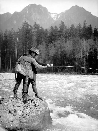 Skyskomish River Fishing, 1906-Asahel Curtis-Giclee Print