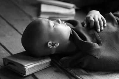 Sleeping Buddha-Walde Jansky-Photographic Print