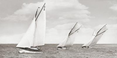 Sloops racing, 1926
