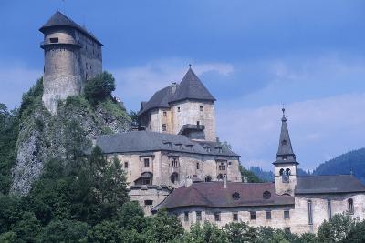 Slovakia, Oravsk  Podzámok, 13th Century Orava Castle--Giclee Print