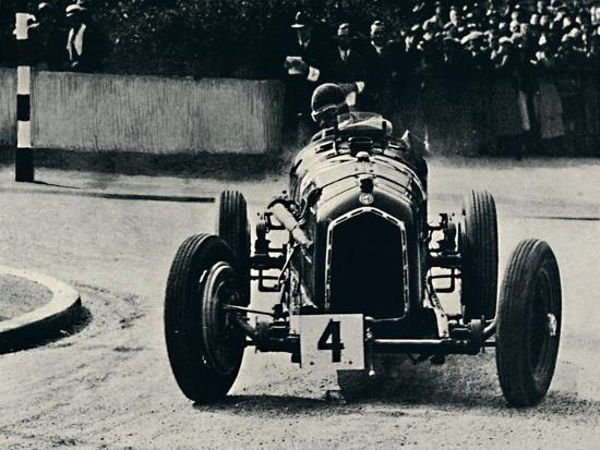 'Smart cornering in I.O.M. Race: The Hon. Brian Lewis', 1937-Unknown-Photographic Print