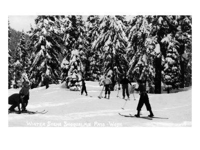 https://imgc.artprintimages.com/img/print/snoqualmie-pass-washington-view-of-cross-country-skiers-at-pass-in-the-winter_u-l-q1gogmy0.jpg?p=0
