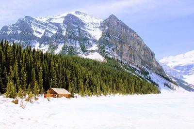 https://imgc.artprintimages.com/img/print/snowy-mountain-countryside_u-l-q103r680.jpg?p=0