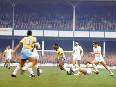 Soccer Star Pele in Action During World Cup Competition--Premium Photographic Print