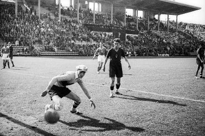 Soccer World Cup 1934: Match at the National Pnf (National Fascist Party) in Rome-Luigi Leoni-Photographic Print