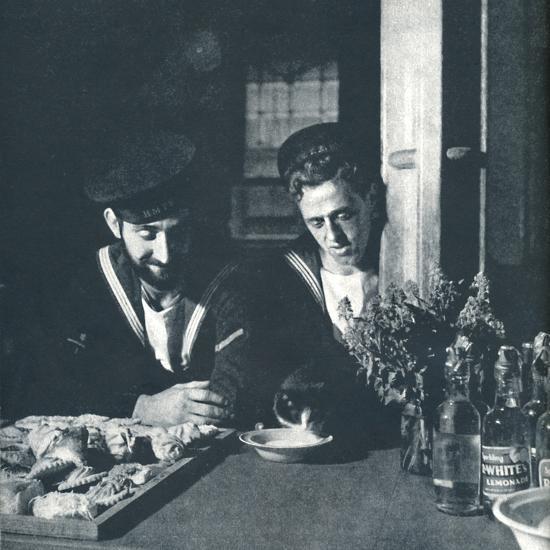 'Soft drinks', 1941-Cecil Beaton-Photographic Print