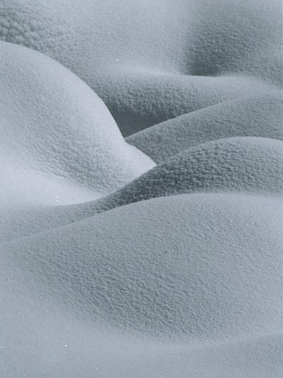 Soft, Gentle Rolling Snow Pillows-Tom Murphy-Photographic Print