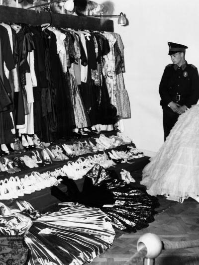 Soldier Guards the Late Eva Peron's Luxury after the Overthrow of Argentina's Dictator Juan Peron--Photo