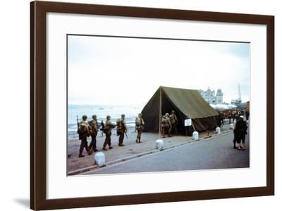 Soldiers Checking their Assignments in a Tent Near the Port at Weymouth--Framed Photographic Print