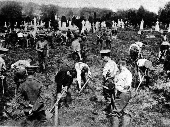 Soldiers Digging Graves for Victims of the Lusitania--Photographic Print