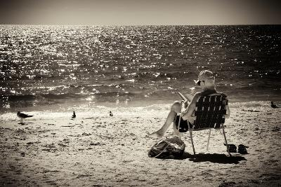Solidary Reading by the Sea - Florida-Philippe Hugonnard-Photographic Print