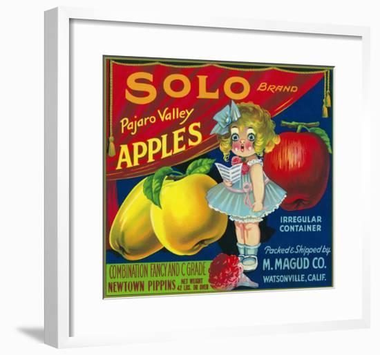 Solo Pajaro Valley Brand Apple Label, Watsonville, California-Lantern Press-Framed Art Print