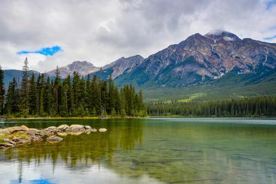Pyramid Lake, Pyramid Mountain, Jasper National Park