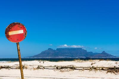 South Africa, Cape Town, Table Mountain, Rusted Sign-Catharina Lux-Photographic Print