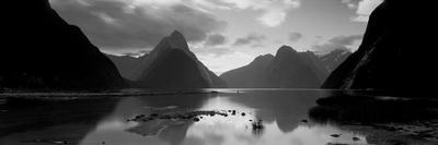 South Island, Milford Sound, New Zealand--Photographic Print