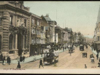 https://imgc.artprintimages.com/img/print/southampton-hampshire-the-high-street_u-l-q1088sr0.jpg?p=0