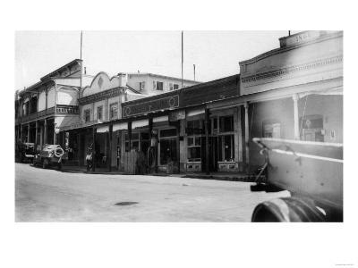 Southern View of the East Side - Sutter Creek, CA-Lantern Press-Art Print