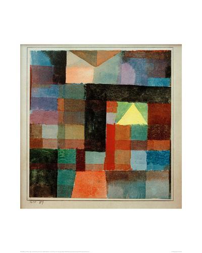 Space Architecture with The Yellow Pyramid / Cold-Warm, 1915-Paul Klee-Giclee Print