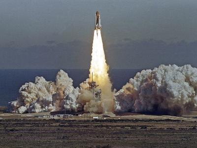 Space Shuttle Challenger 1986-Thom Baur-Photographic Print