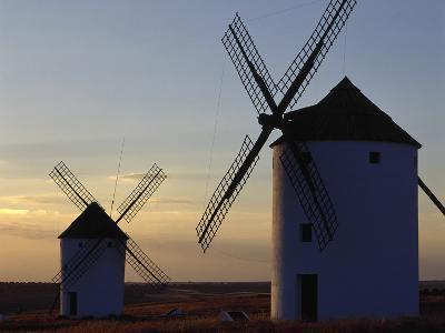 Spain, Castile-La Mancha, Mota Del Cuervo, Mills--Photographic Print