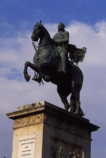 Spain, Madrid, Plaza De Oriente, Equestrian Statue Monument to Philip IV of Spain-Pietro Tacca-Giclee Print