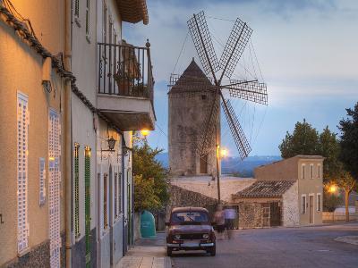 Spanien, Balearen, Insel Mallorca, Llubi, H-Userreihe, M-Hle, Auto-Klaus Siepmann-Photographic Print