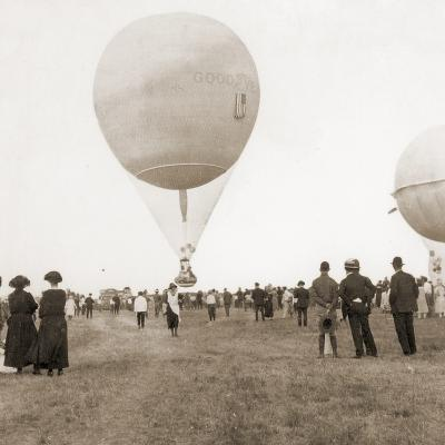 Spectators at a Balloon Race in Texas, Usa 1932--Photographic Print