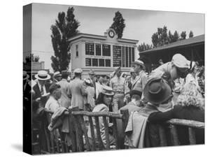 Spectators Attending the Kentucky Derby
