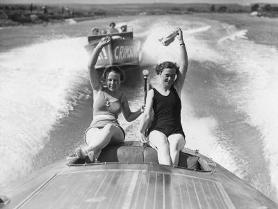 Speed Boat Thrills--Photographic Print