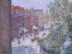 Mornington Crescent, circa 1910-11 by Spencer Frederick Gore