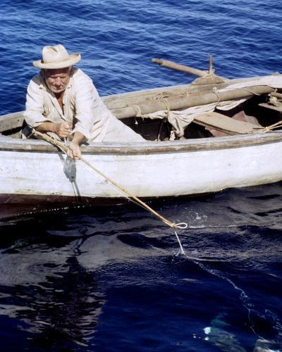 Spencer Tracy, The Old Man and the Sea (1958)--Photo