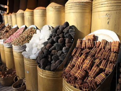 Spice Shop, Marrakech, Morocco, North Africa, Africa-Vincenzo Lombardo-Photographic Print
