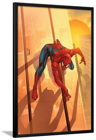 Spider-Man Unlimited No.12 Cover: Spider-Man-Salvador Larroca-Lamina Framed Poster