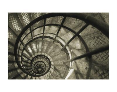 https://imgc.artprintimages.com/img/print/spiral-staircase-in-arc-de-triomphe_u-l-f8cl890.jpg?p=0