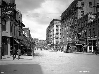 Spokane Street, 1911-Asahel Curtis-Giclee Print