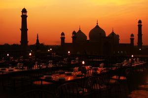 Badshahi Mosque by Srosh Anwar Photography