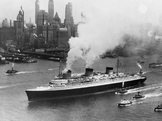 SS Normandie in New York Harbor--Photographic Print