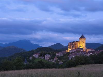 St Bertrand De Comminges, Haute-Garonne, Midi-Pyrenees, France-Doug Pearson-Photographic Print