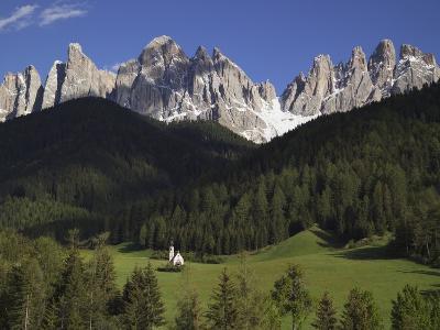 St. Giovanni Church in Val di Funes-Richard Klune-Photographic Print