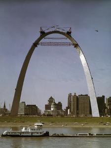 St Louis Arch Undergoing Construction