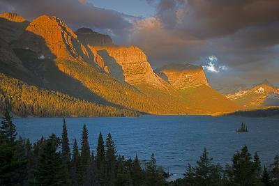 St Mary Lake at Sunrise, Glacier National Park, Montana, USA-Charles Gurche-Photographic Print